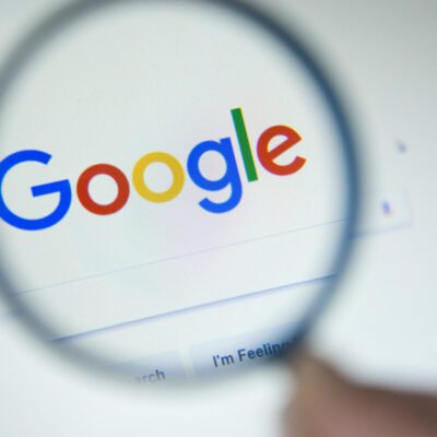 Google Suche Lupe onehundred.digital
